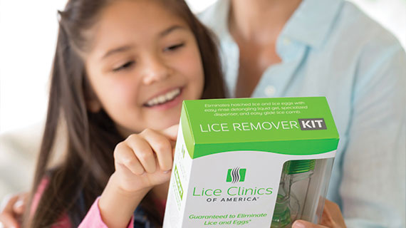 mom and daughter purchasing the lice remover kit